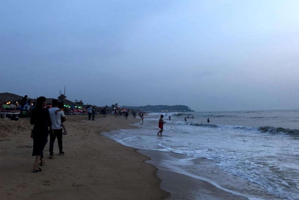 Candolim beach at dusk